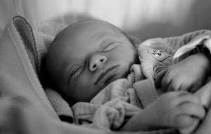 Baby sleeping position 01
