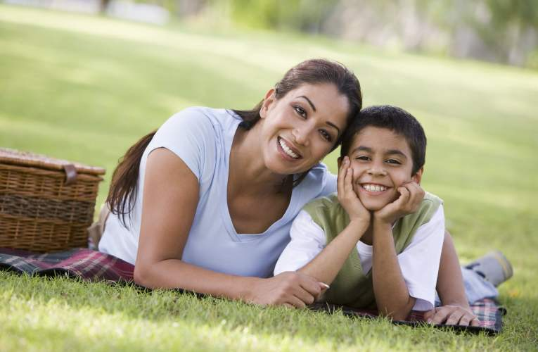 7 Wise ways tohelp your child deal with divorce