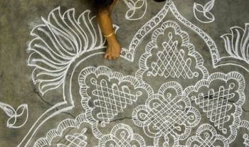 10 DIY Onam Rangoli Designs To Make With Kids