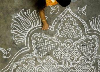 10 DIY Onam Rangoli Designs To Make With Kids