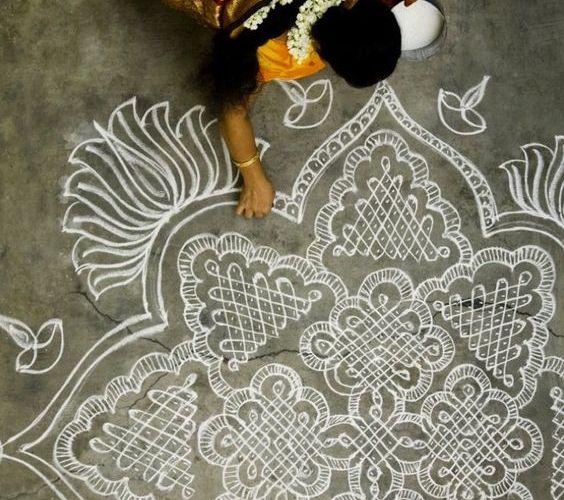 10 DIY Onam Rangoli designs to keep kids busy