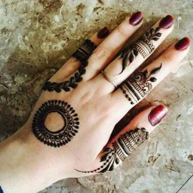 Mehndi designs for karwa chauth 17