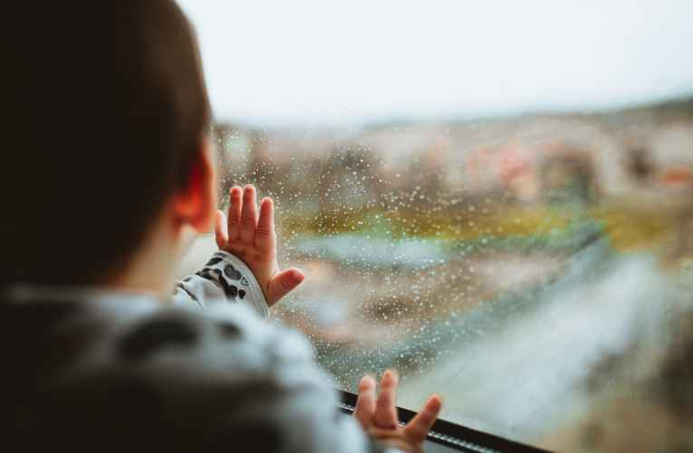 How to avoid falling sick during monsoons