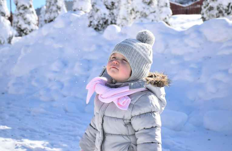 10 Critical Tips for Baby Care in Extreme Winter