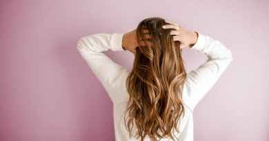 Correct Ways to Use the Hair Straightener 01