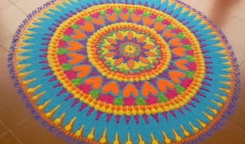 Top 10 Rangoli Designs To Make Using Holi Colors