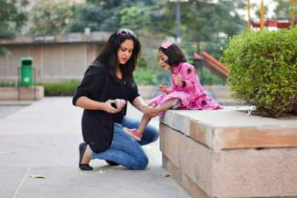 Real Mom Karuna Chauhan with her Daughter