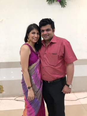 Real Mom Disha Thakkar with husband