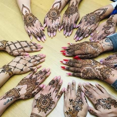 Floral Mehendi Designs - Back of the hands
