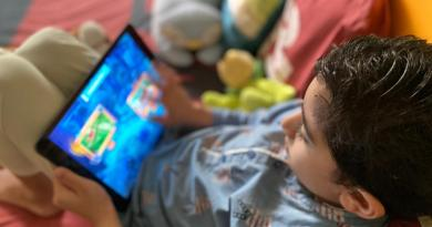Educational Games for Kids - A boy using BYJUs app on the iPad