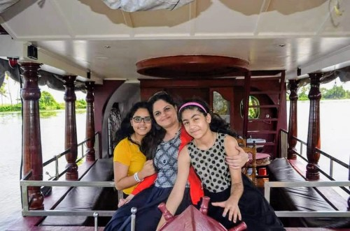 Real mom Deepa with her daughters