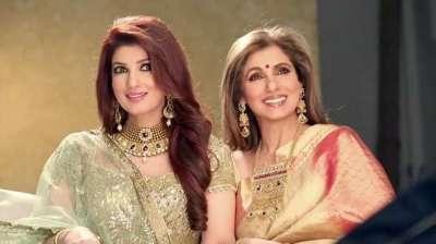 Popular moms - Dimple Kapadia and Twinkle Khanna
