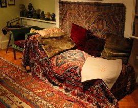 Freud's carpet covered couch in London