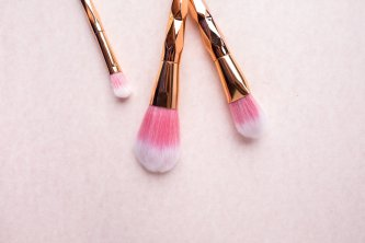 pink makeup or art brushes for art blog makeover section of art newsletter post