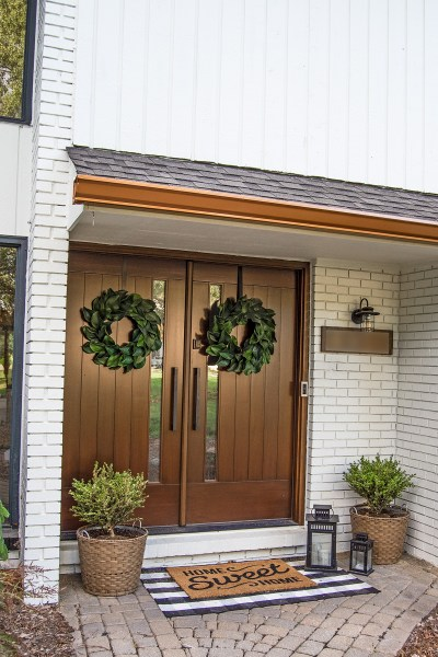 I'm so excited to share today our modern farmhouse front door decor reveal, including links to all the products we used!