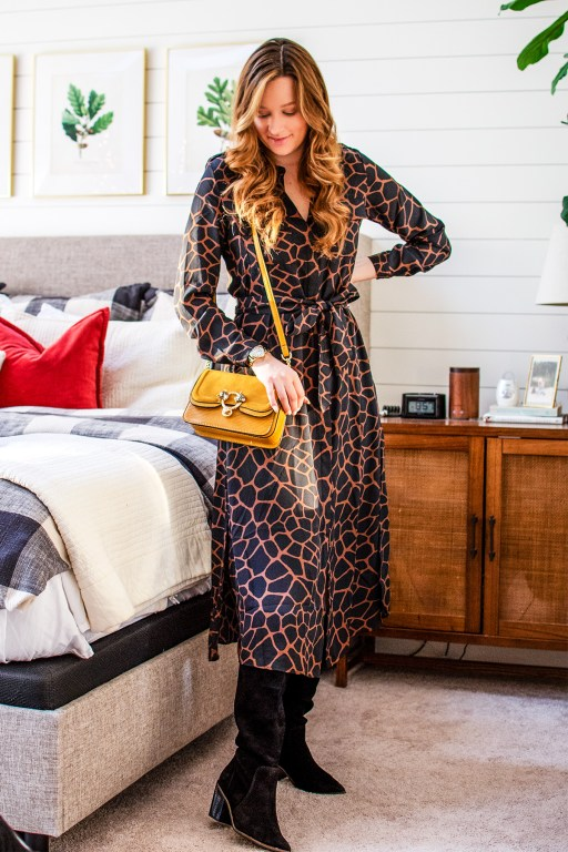 Looking put together while still staying warm and cozy in the winter? Check! I've got the perfect winter midi dress for you, and it can double as a great transition piece for the spring and fall too!