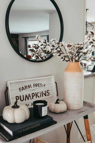 Here it is finally: my official 2021 fall home decor tour! Today I'm sharing all the details about our modern farmhouse autumn decor on the blog and on YouTube!