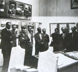 Hannes Meyer at the Bauhaus exhibit in Moscow (1931)