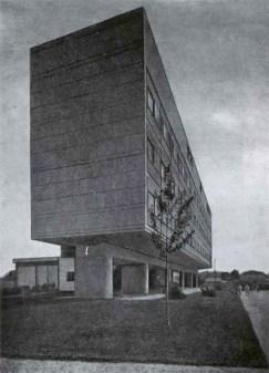Corbusier's Tsentrosoiuz building in Moscow, 1968