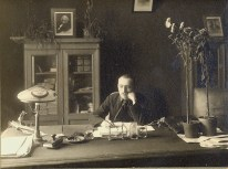 Nikolai Miliutin, author of Sotsgorod and editor of Sovetskaia arkhitektura, inside his penthouse suite atop Ginzburg & Milinis' Dom Narkomfin (1932)
