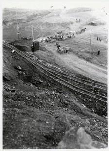 Railroad near mount Magnitaia, photo by Johan Niegeman 1931