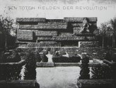 """Den Toten helden der Revolution"" [The dead heroes of the revolution]"