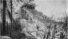 Строительство мавзолея Ленина.Вид от Кремлёвской стены. Мы думаем, что снимок сделан в 1930 году (направление съемки − north)