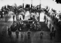 Прощание с В. И. Лениным в Колонном зале Дома Союзов 23–27 января 1924 г.