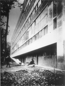 View of Narkomfin's western facade during construction, 1929