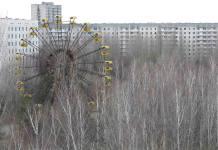 abandoned amusement park in the ghost town of Pripiat near Chernobyl, Ukraine Pripjať, poblíž Černobylu leží opuštěné městečko, taktéž nazývané městem duchů