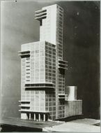 Walter Gropius and Adolf Meyer Competition Entry for %22Chicago Tribune%22 Tower, 1922- Model 5