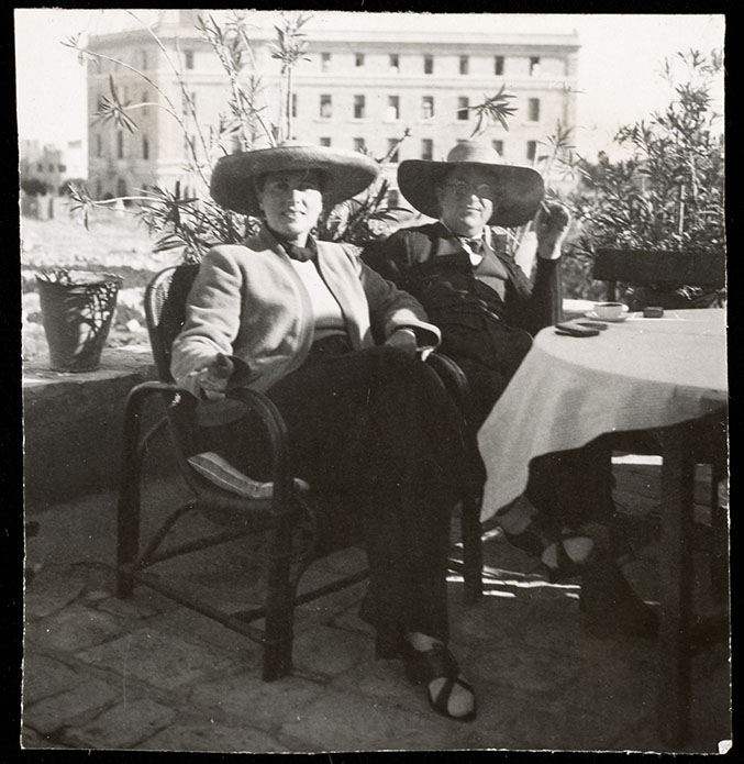 mendelsohn-erich-and-luise-coffee_large