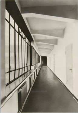 Unidentified photographer Bauhaus Building, Dessau, 1925-1926 j