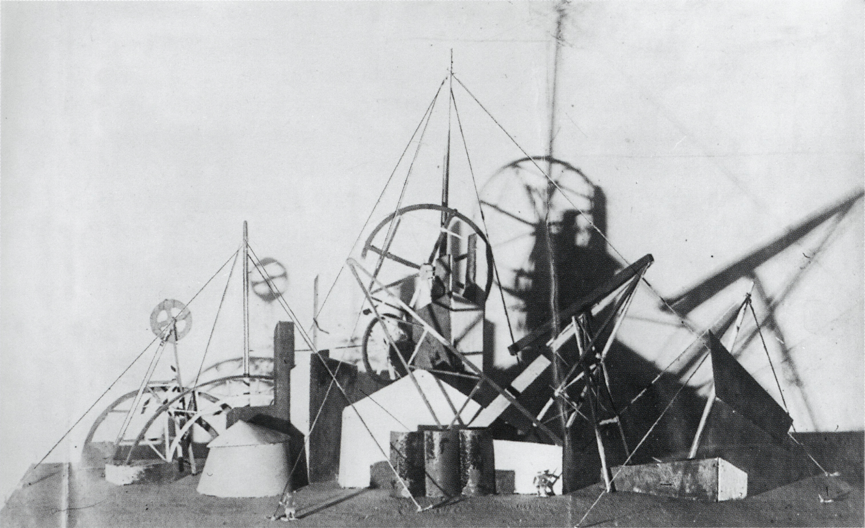 Vesnin and Popova, Stage for a mass demonstration for the Comintern