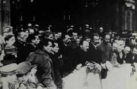 Bukharin speaking in Petrograd, 1920