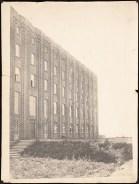 Hans Poelzig (1869-1936) Firma Gebr. Meyer, Hannover-Vinnhorst. Verwaltungsgebäude (1923-1924)u