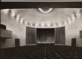 Hans Poelzig, Arthur Köster Neugestaltung der Umgebung des Bülowplatzes (Scheunenviertel), Berlin. Lichtspielhaus Babylon und Wohnungsbauten (1929)