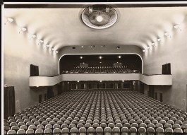 Hans Poelzig, Arthur Köster Neugestaltung der Umgebung des Bülowplatzes (Scheunenviertel), Berlin. Lichtspielhaus Babylon und Wohnungsbauten (1929)d