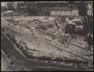 Hans Poelzig Haus des Rundfunks, Berlin-Charlottenburg Perspektivische Ansicht (Vogelschau) während des Bauens