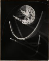 László Moholy-Nagy, American (born in Hungary), 1895-1946 Title Untitled Work Type Photographs Date 1939 Material Photograph, photogram, vintage gelatin silver print Measurements Image_Sheet- 50.5 x 40.3 cm