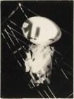 Laszlo Moholy-Nagy (1895 - 1946) Sans titre 1925 - 1928 Photomontage, épreuve gélatino-argentique sur papier satiné cartonné 23,9 x 17,9 cm