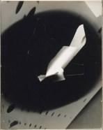 Laszlo Moholy-Nagy (1895 - 1946) Sans titre 1939 Photomontage, épreuve gélatino-argentique sur papier satiné cartonné 35,5 x 28,2 cm