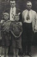 27 июля. Маяковский в Ларедо (пограничном городе Мексики и США) 1925
