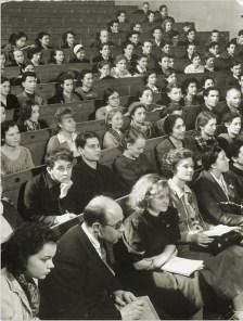 Margaret Bourke-White, 91 canvas