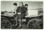 Margaret Bourke-White, Russian peasants riding on a wagon in Siberia (Magnitogorsk, 1931)
