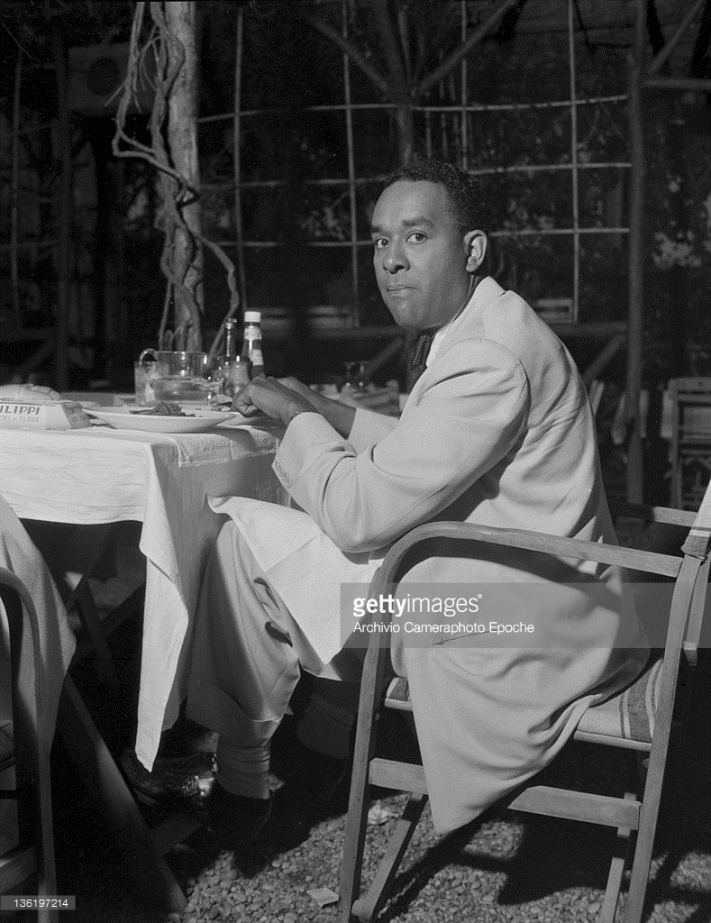 american-author-richard-wright-having-dinner-in-lido-for-the-venice-movie-festival-lido-venice-1950
