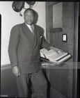 richard-wright1_21_1949-new-york-ny-paul-robeson-1898-1976-american-actor-and-singer-at-communist-trials-federal-building
