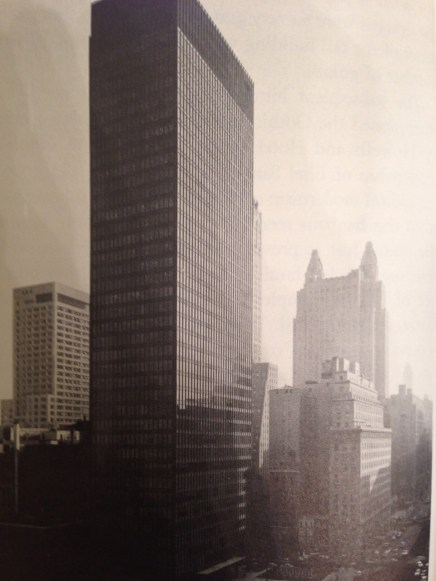 seagram-building-new-york-mies-van-der-rohe-with-philip-c-johnson-1954-1958