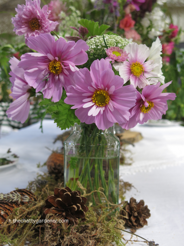 A Simple Table Decoration By Vale Garden Flowers