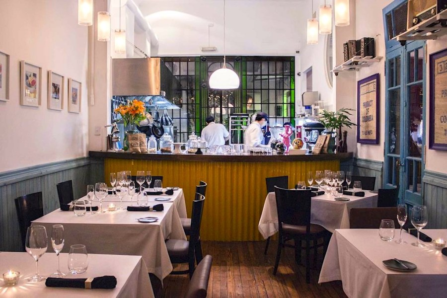 restaurant-ilatina-buenos-aires-indoor-small